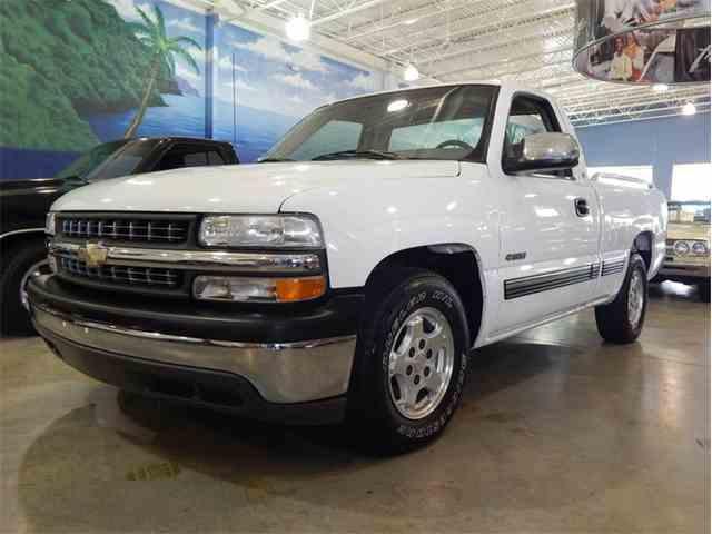 2000 Chevrolet Silverado | 1024756