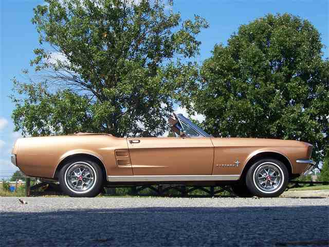 1967 Ford Mustang   1024917