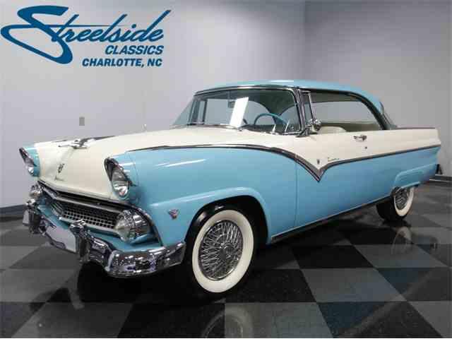 1955 Ford Fairlane Victoria | 1024932