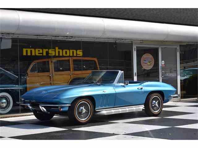 1965 Chevrolet Corvette | 1025003