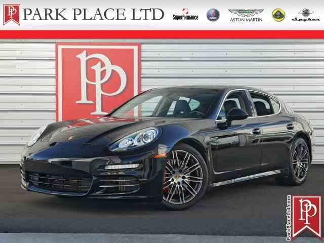 2015 Porsche Panamera | 1025070