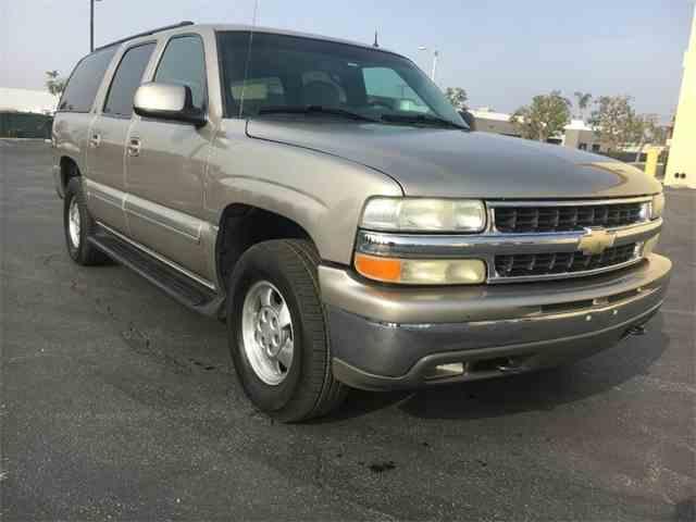 2002 Chevrolet Suburban | 1025241