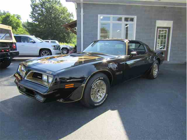 1977 Pontiac Firebird Trans Am | 1020525