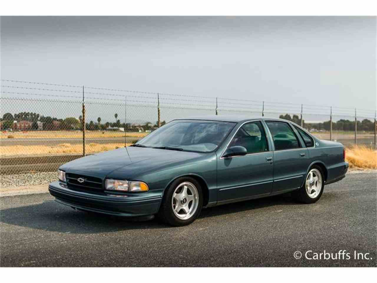 Large Picture of 1996 Chevrolet Impala SS located in California - $12,950.00 Offered by Carbuffs - LVGD