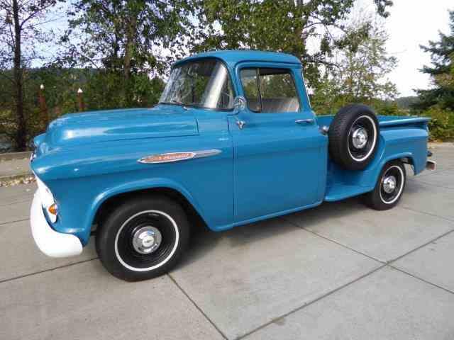 1957 Chevrolet 3200 | 1025422