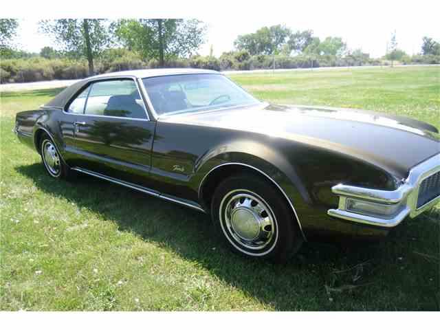 1969 Oldsmobile Toronado | 1025502