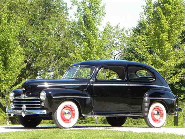 1948 Ford Super Deluxe 2 Door Sedan | 1025900