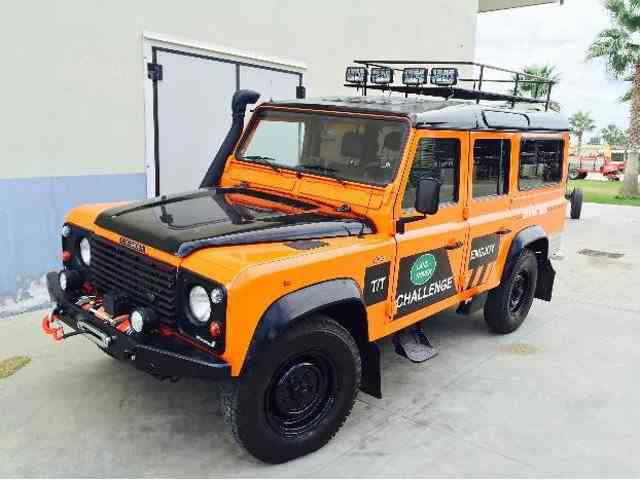 1990 Land Rover Defender | 1025911