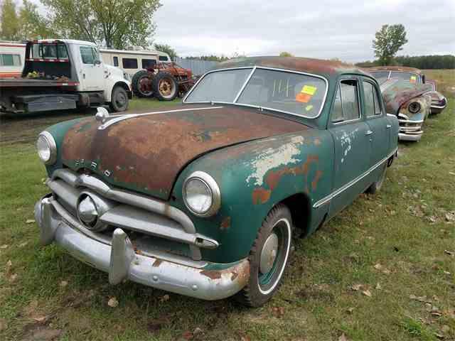 1949 Ford Sedan | 1025958