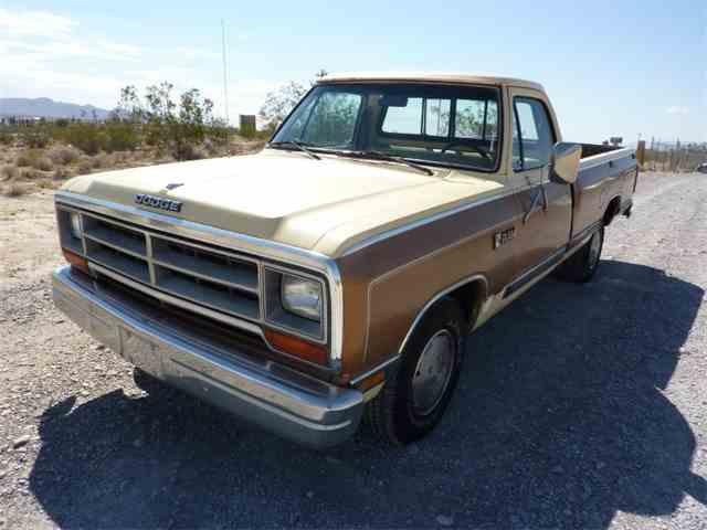1986 Dodge D/W Series | 1026189