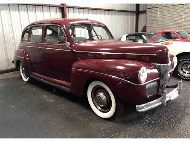 1941 Ford Deluxe | 1026359