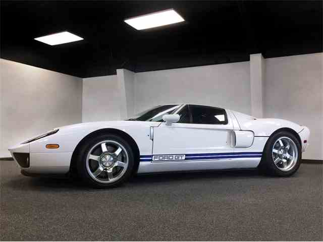 2005 Ford GT | 1026360