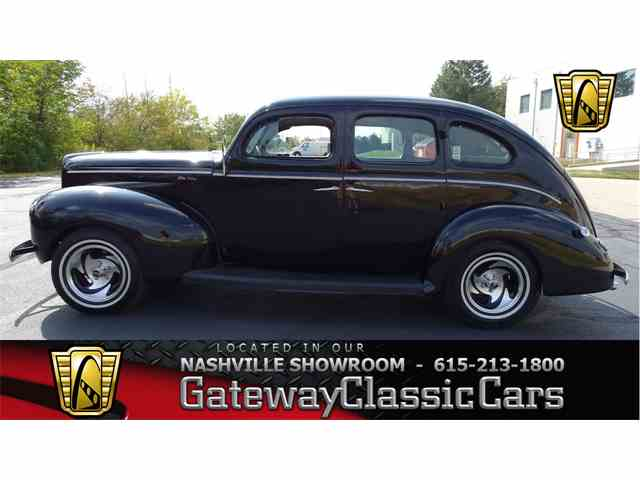1940 Ford Deluxe | 1026586
