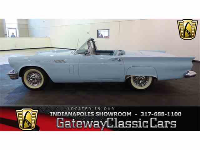 1957 Ford Thunderbird | 1026601