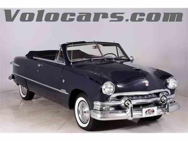 1951 Ford Custom | 1026604