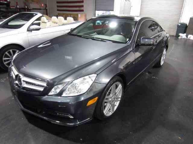 2010 Mercedes-Benz E350 | 1026647