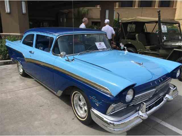 1957 Ford Custom 300 | 1020669