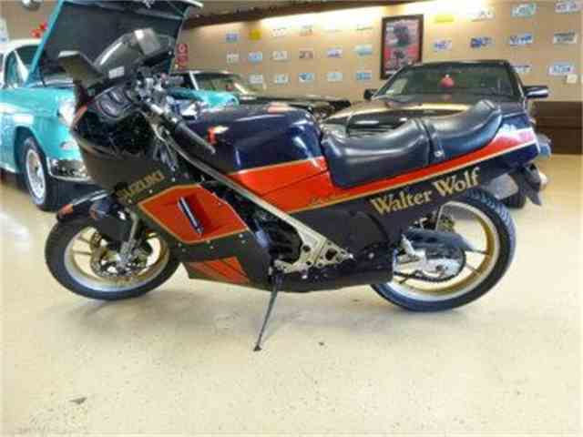 1986 Suzuki RG250   1026780
