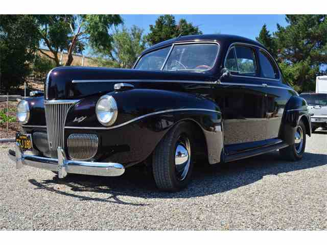 1941 Ford Deluxe | 1026851