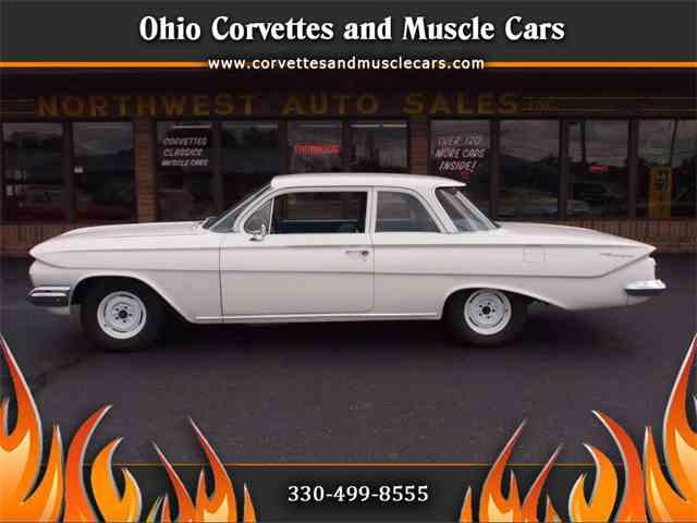 1966 Chevrolet Biscayne   1020704