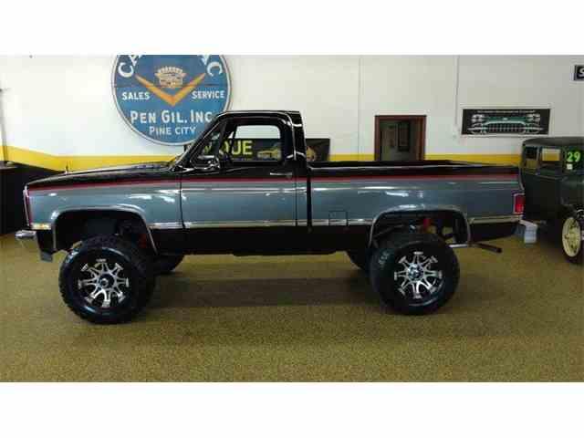 1987 Chevrolet K-10 | 1027287