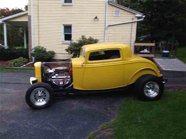 1932 Ford 3-Window Coupe | 1027296
