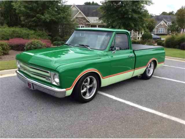 1967 Chevrolet C10 | 1027575