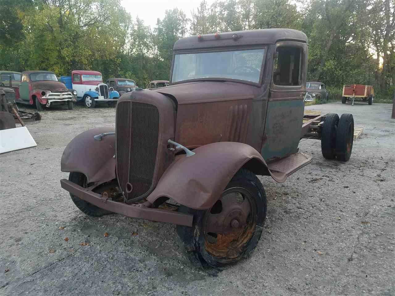1935 chevrolet 1 1 2 ton pickup for sale cc 1027654. Black Bedroom Furniture Sets. Home Design Ideas