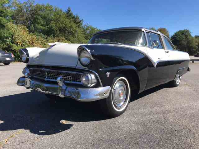 1955 Ford Crown Victoria | 1027785