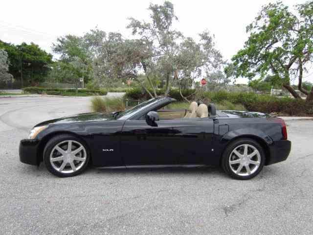 2007 Cadillac XLR   1028040