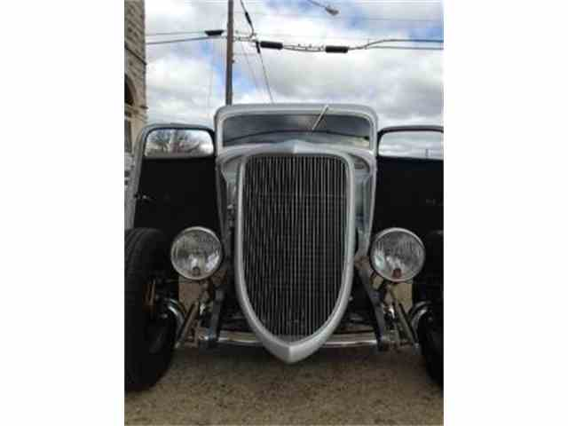 1933 Ford Coupe | 1028131