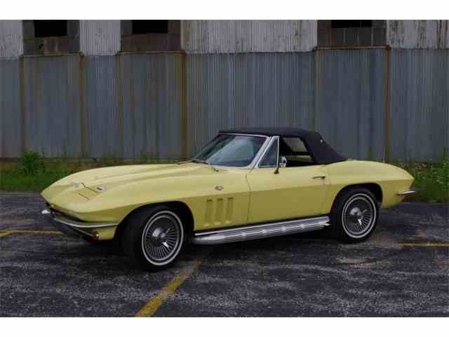 1966 Chevrolet Corvette | 1028212