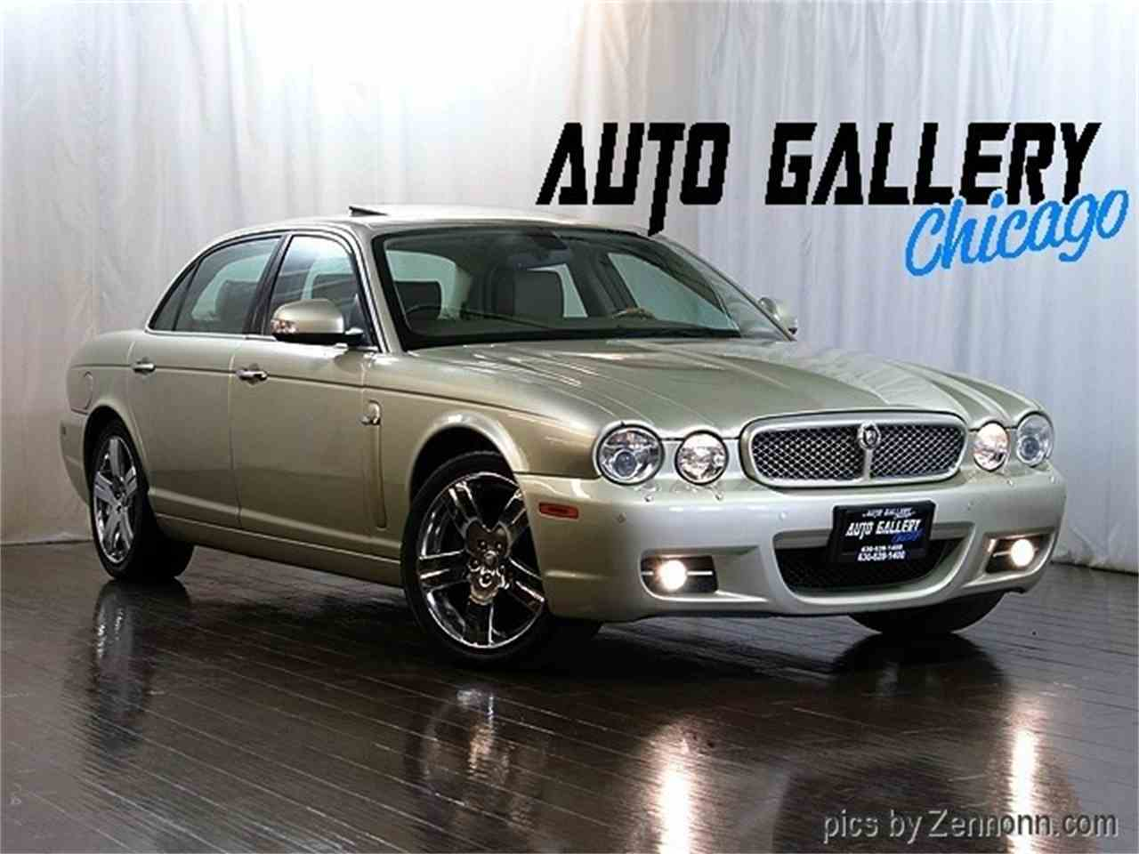 Large Picture of 2008 Jaguar XJ - $16,990.00 Offered by Auto Gallery Chicago - LVOZ