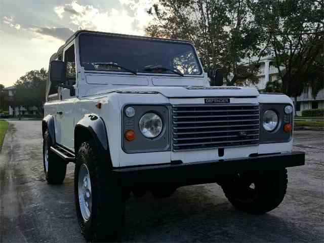 1990 Land Rover Defender | 1028854