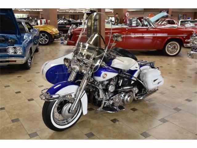 1957 Harley-Davidson FLH | 1029189