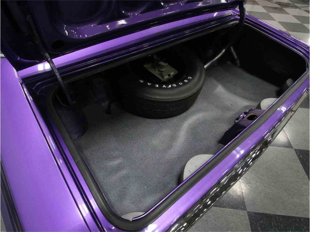 Large Picture of Classic '70 Dodge Challenger R/T - $64,995.00 - M29Z