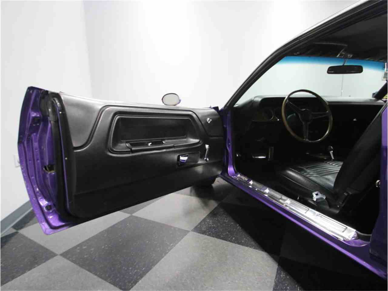 Large Picture of 1970 Dodge Challenger R/T located in Lavergne Tennessee - $64,995.00 - M29Z