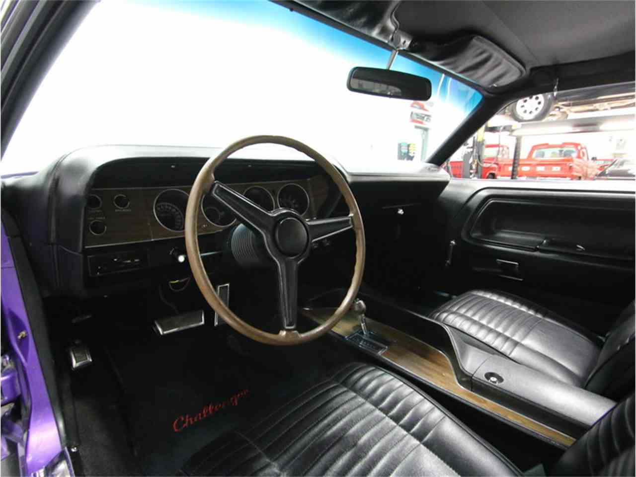 Large Picture of '70 Dodge Challenger R/T located in Tennessee - $64,995.00 Offered by Streetside Classics - Nashville - M29Z