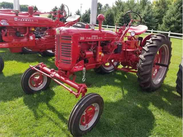 1956 Farmall 200 | 1029412