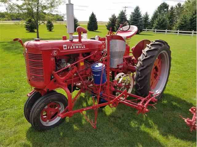 1947 International C with Planter | 1029419