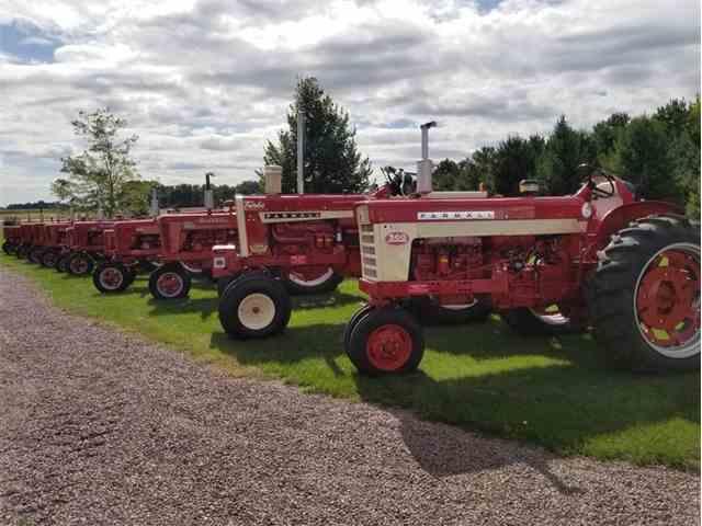 1959 Farmall 560 | 1029421