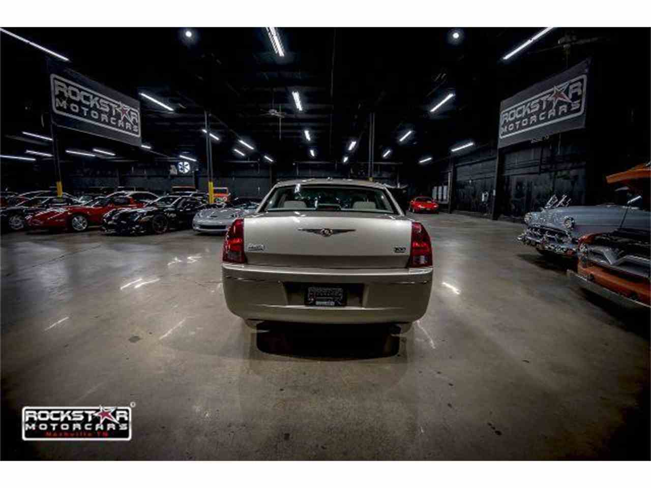 Large Picture of 2006 Chrysler 300 located in Nashville Tennessee - $6,999.00 - M2DZ