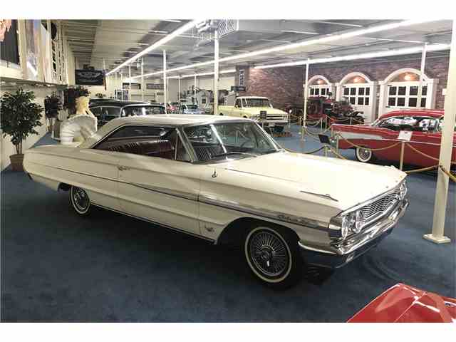 1964 Ford Galaxie 500 | 1029535
