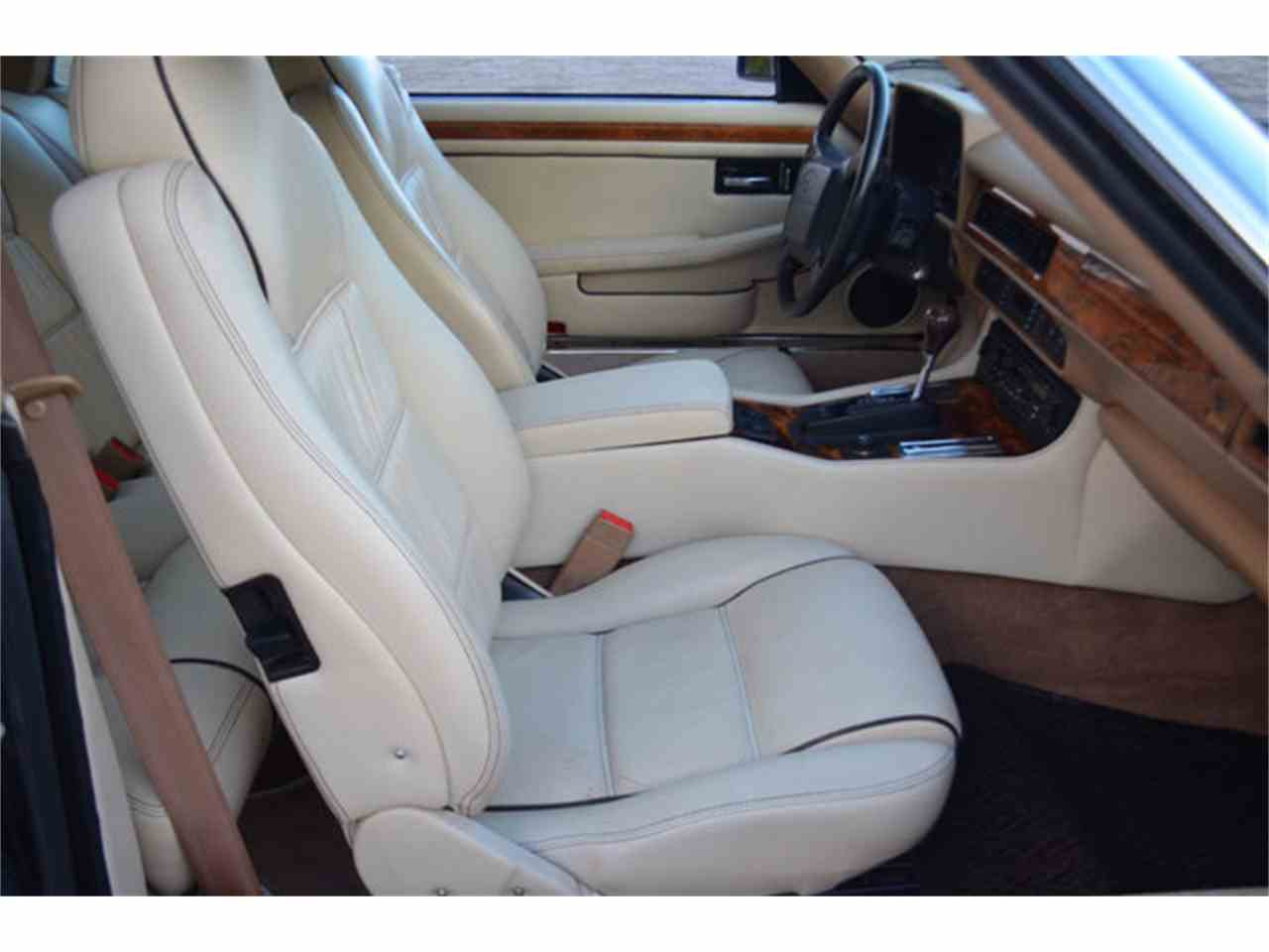 Large Picture of 1994 Jaguar XJS located in Tennessee - $19,800.00 - M2J7