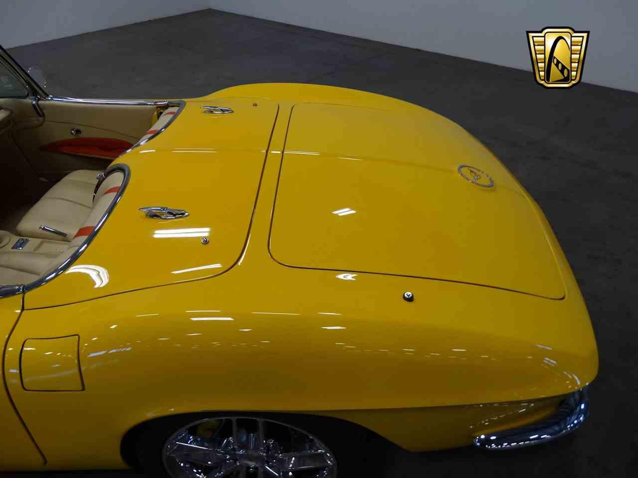 Large Picture of Classic 1962 Corvette - $210,000.00 - M2LR