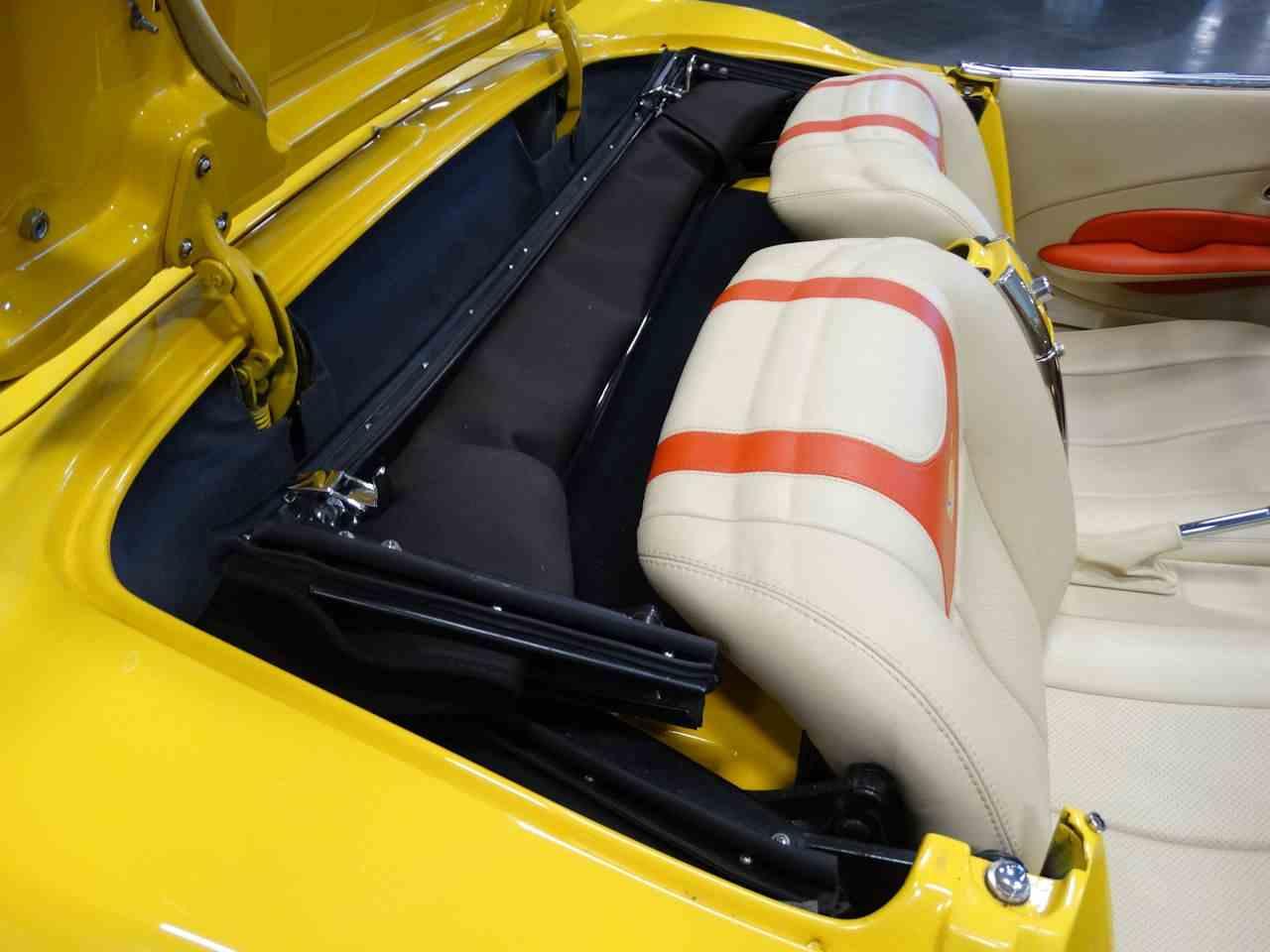 Large Picture of 1962 Chevrolet Corvette - M2LR