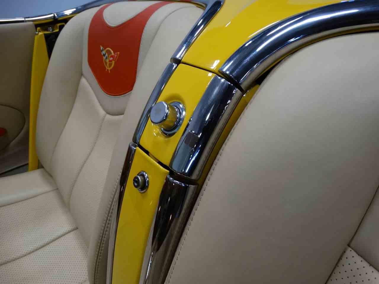 Large Picture of Classic '62 Corvette - M2LR