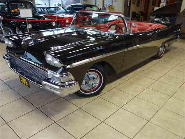 1958 Ford Fairlane 500 | 1029868