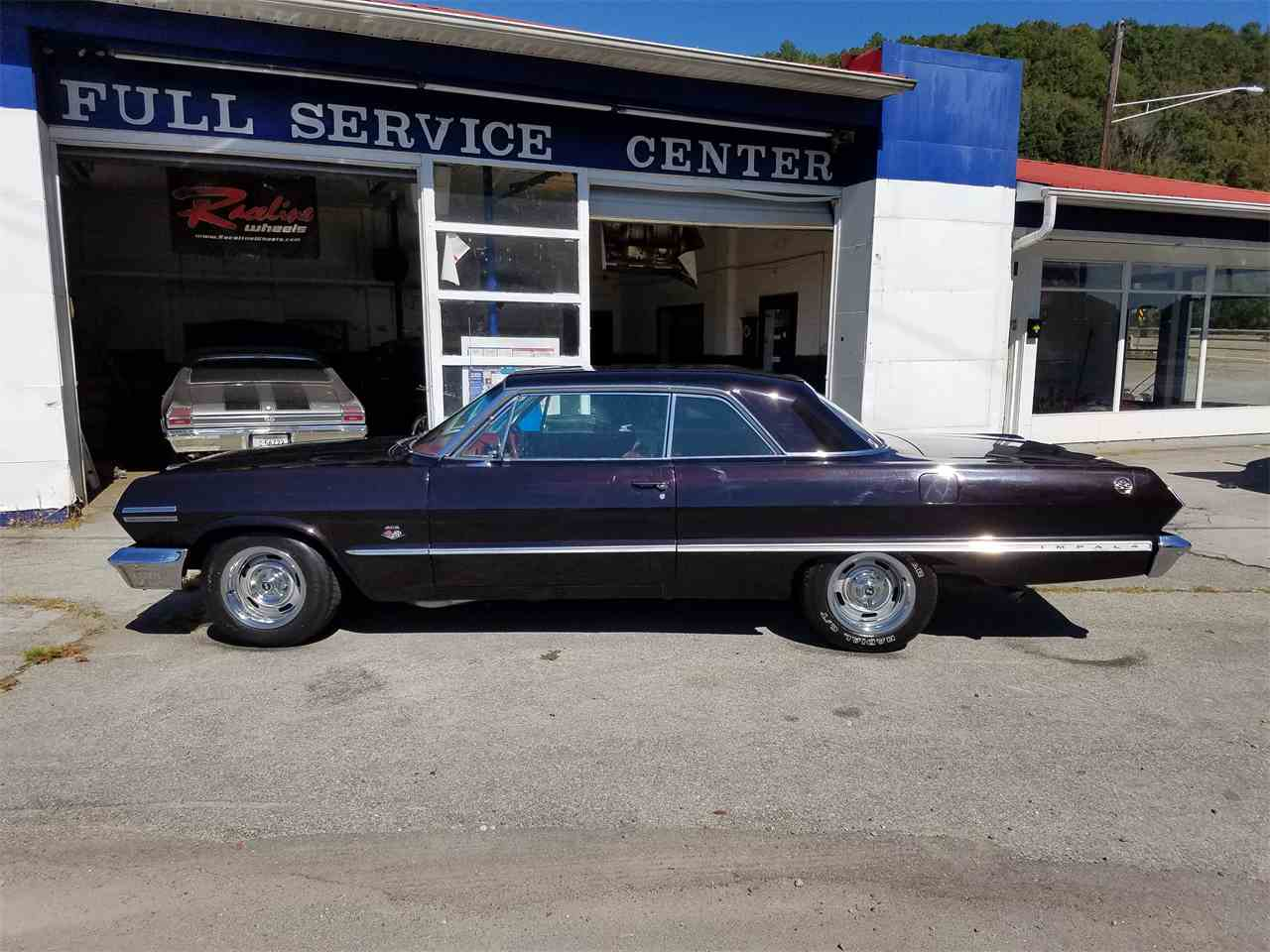 Large Picture of '63 Impala SS located in Knoxville Tennessee - M2OB