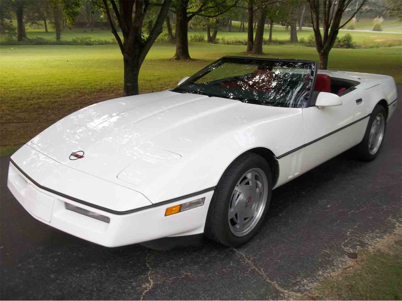 Large Picture of 1986 Chevrolet Corvette located in Tennessee - $12,500.00 Offered by a Private Seller - M2OX
